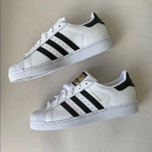 Adidas Superstar Shoes (NEVER WORN)